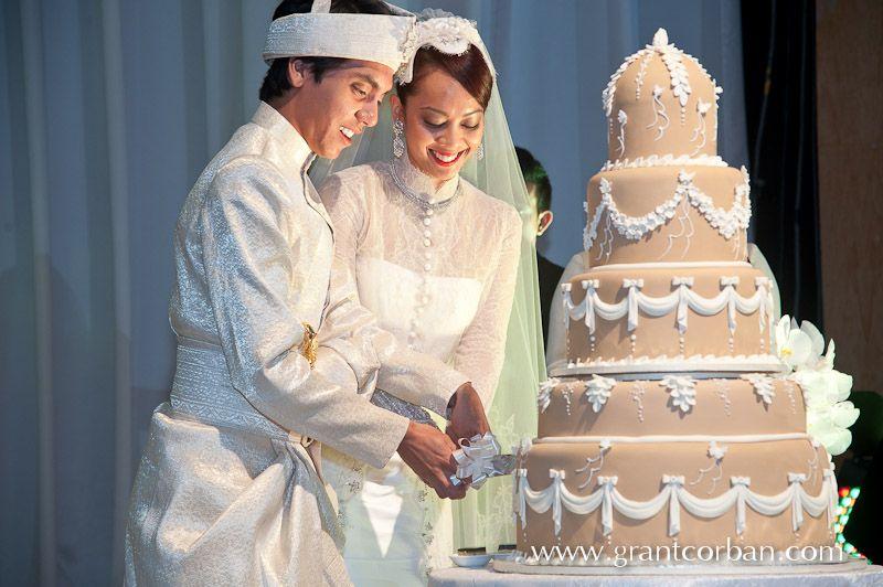 New Zealand Wedding Photographer In Malaysia Malay Wedding Wedding Wedding Dinner