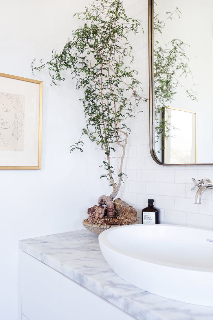 A Malibu Home Gets a Tuscan-Inspired Makeover | Pinterest | Bathroom ...