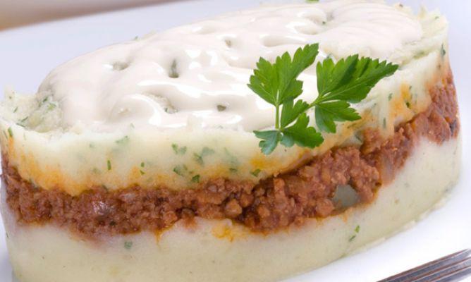 Receta De Pastel De Patata Y Carne Karlos Arguiñano Pastel De Patatas Patatas Recetas De Pasteles