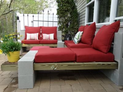 how to build a curved seating wall with cinder block
