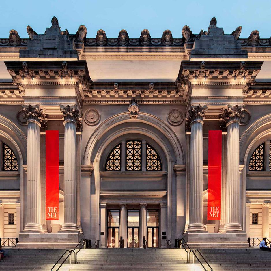 Met 으로도 불리는 뉴욕의 메트로폴리탄 미술관 Metropolitan Museum Of Art 은 뉴욕에서 가장 큰 미술관입니다 400개가 넘는 전시실에 동서고금을 막론하여 Museum Tours New York City Tours Metropolitan Museum Of Art