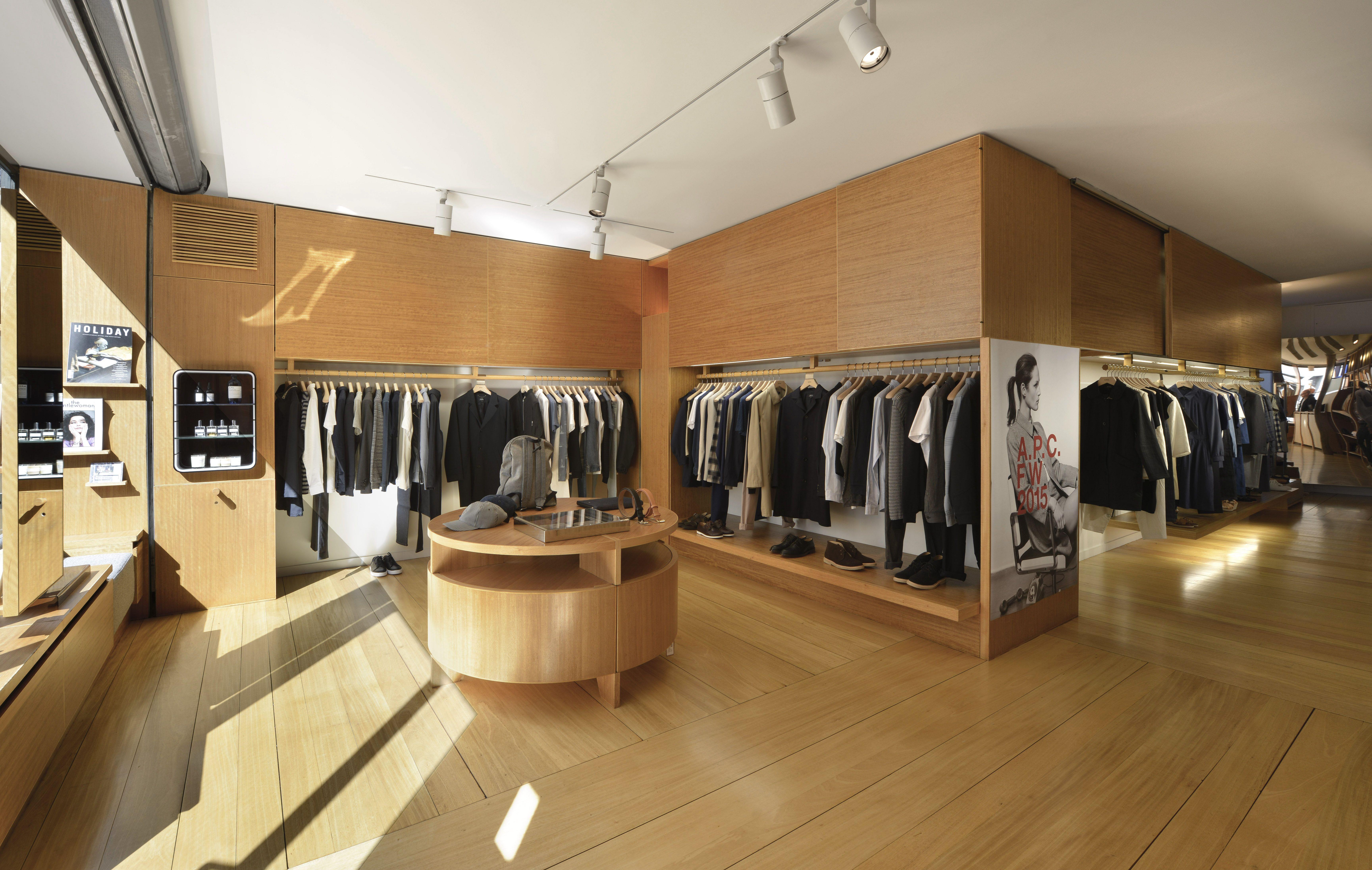 a p c rue de marseille store in paris p a r i s france. Black Bedroom Furniture Sets. Home Design Ideas