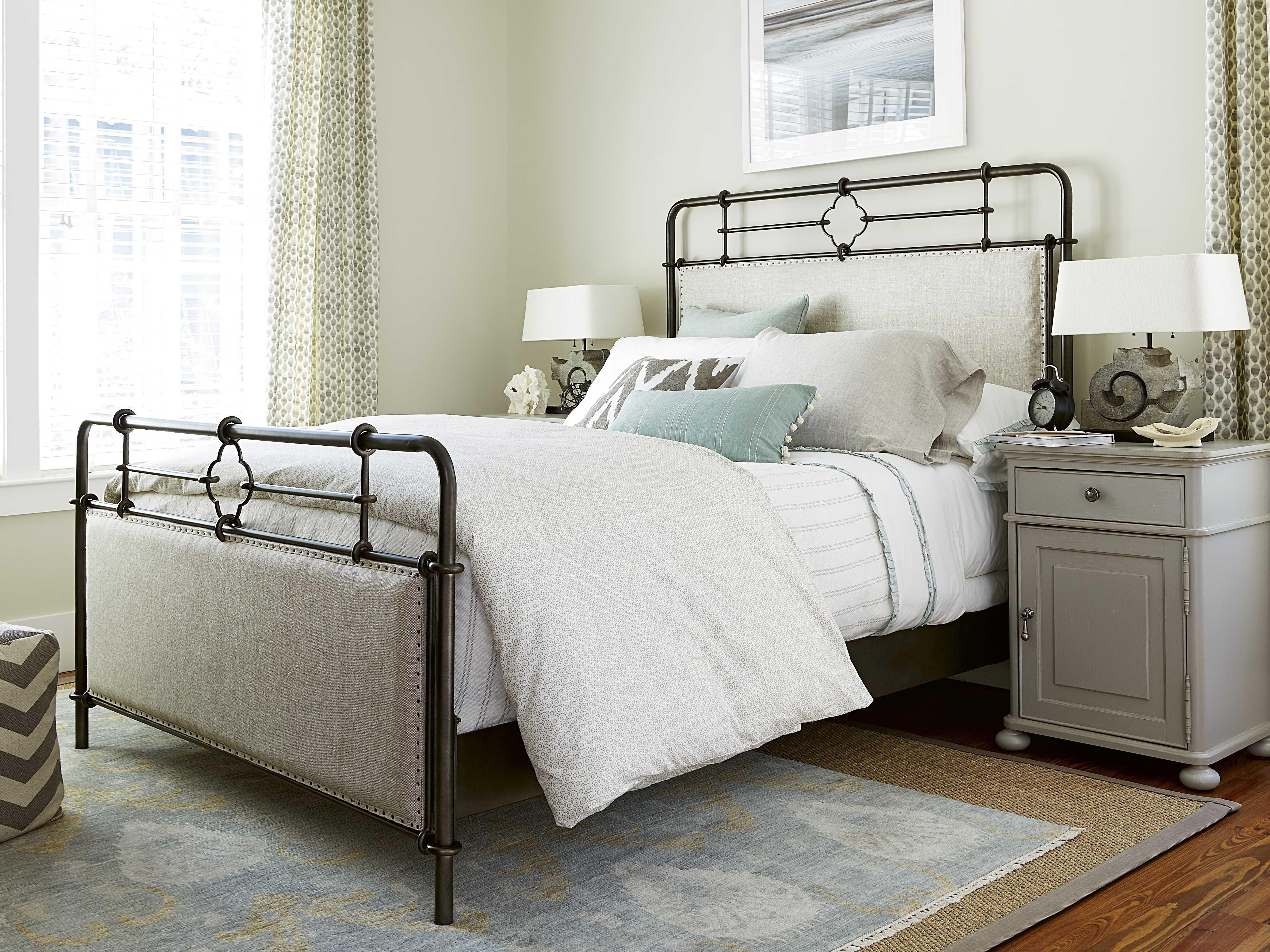 Paula Deen Home Dogwood Rubbed Bronze Queen Size Panel Bed