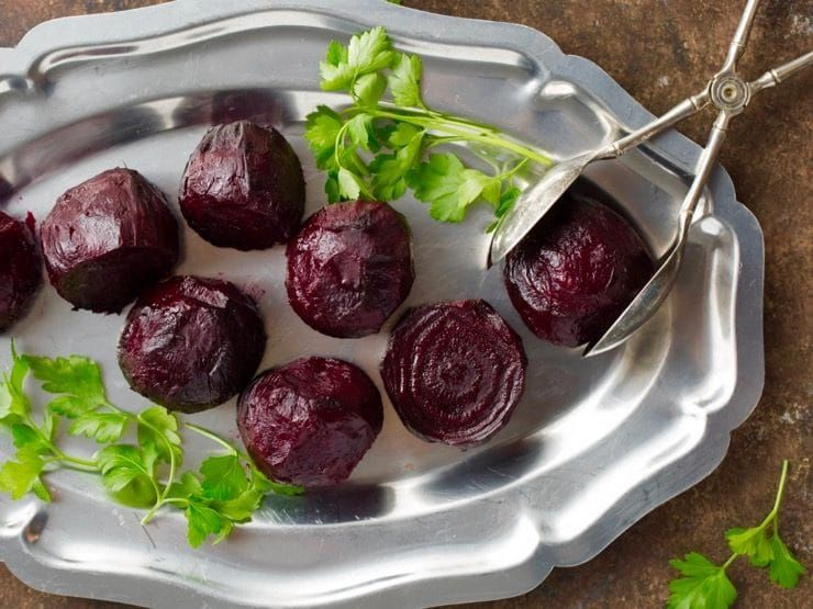 How to Roast Beets - Recipe, Photo and Video Tutorial for Roasting Beetroot. Simple oven roasting method with step-by-step instructions. |