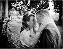 Lykkesholm Slot bryllupsbilleder ved fotograf by Bryllupsfotograf Vores Store Dag, via Behance