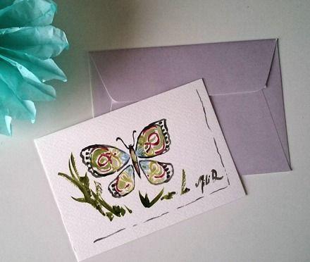 Carte postale peinte à la main.  Unique, cette carte représente un joli papillon.  Fait entrelacés à l aquarelle.   Les Cartes peuvent être envoyées comme cartes postales - 15815412