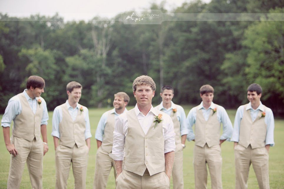 Love the look. Perfect for an outdoor summer wedding. | Dream ...