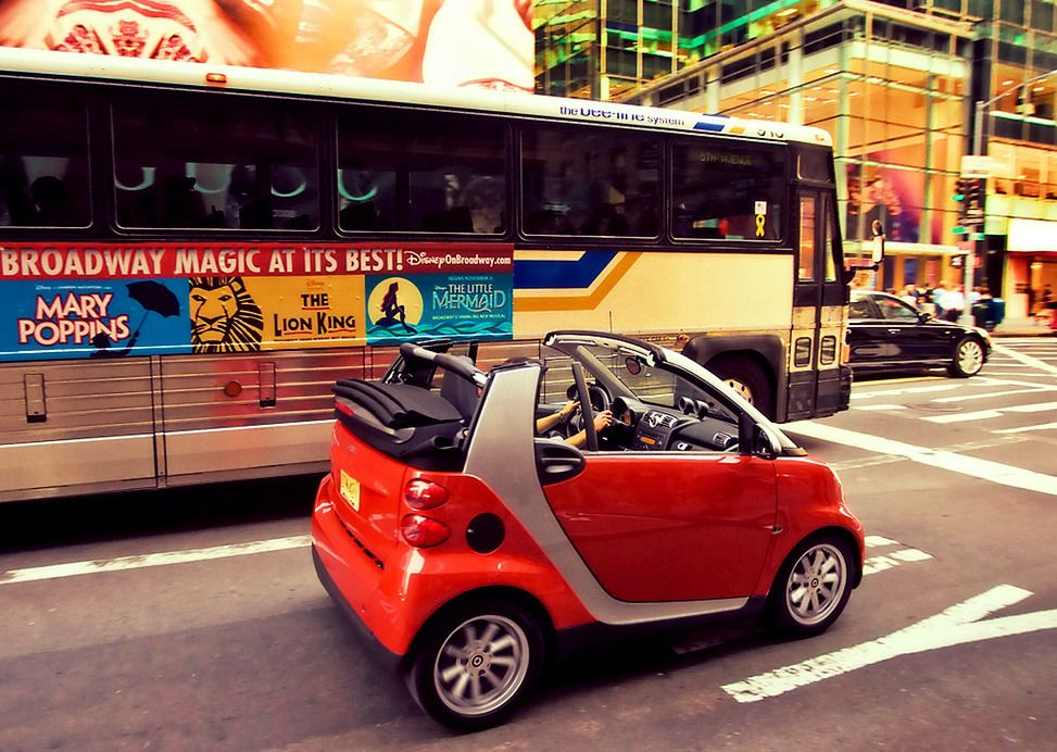 Just Perfect Smart Fortwo Follow Despre Smarturi Smart Fortwo City Car Perfect Cool Style Smart Fortwo Smart Car Lion King