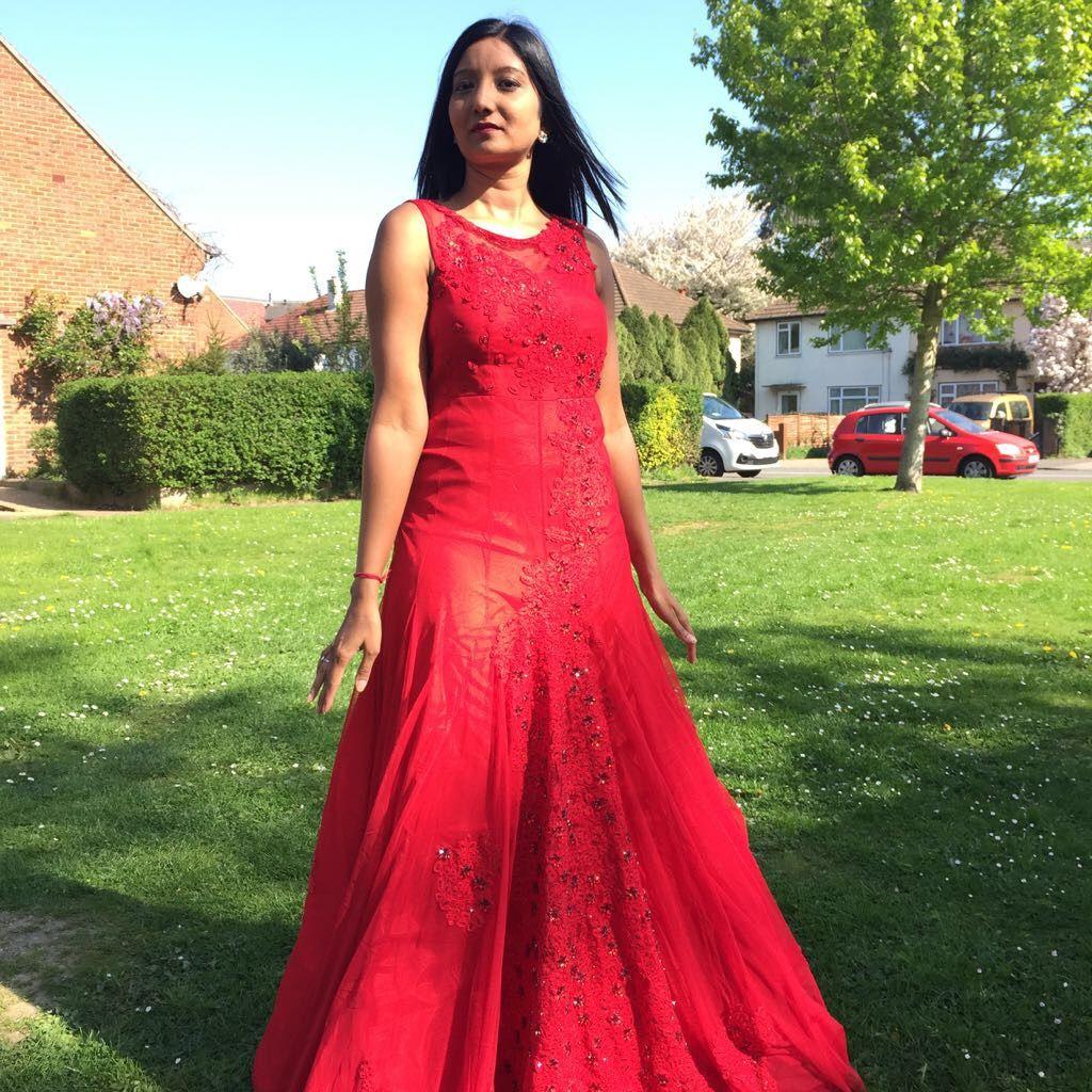 Gorgeous wedding reception gown shaleenanowbuth design shaleena