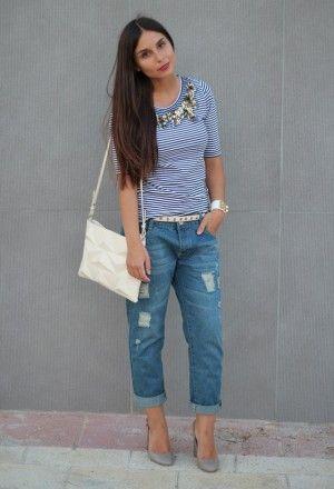 Boyfriend jeans con tacones, encuentra más opciones para lucir este prenda aquí...http://www.1001consejos.com/looks-con-boyfriend-jeans/