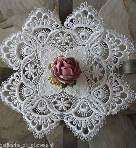 Exquisite Trim Lace Doily Estate Design | Galleria di Giovanni