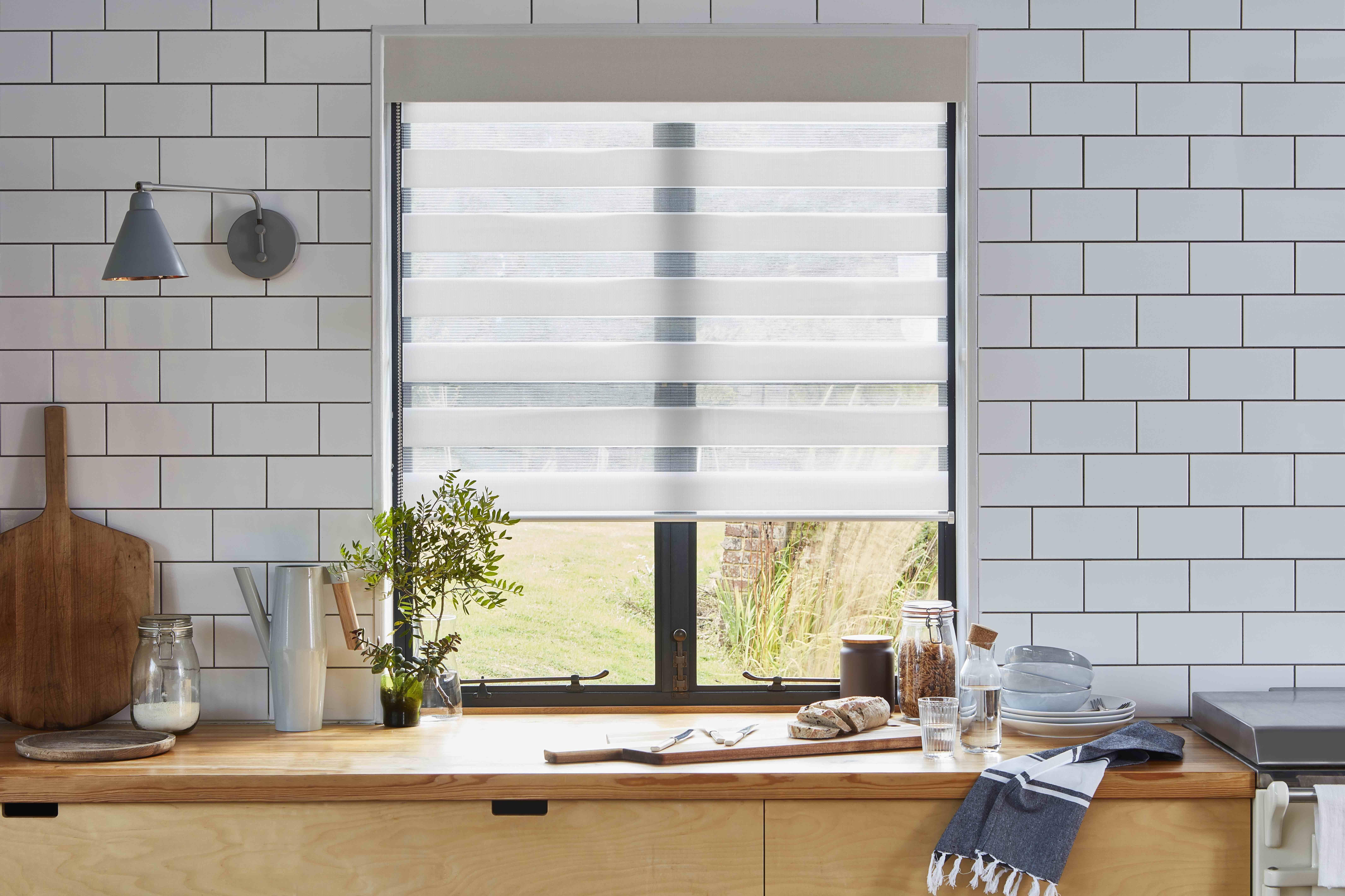 4 Wondrous Ideas Grey Shutter Blinds Electric Blinds For Windows Roller Blinds Furniture Fabric Blinds Project Blinds Design Kitchen Blinds Living Room Blinds