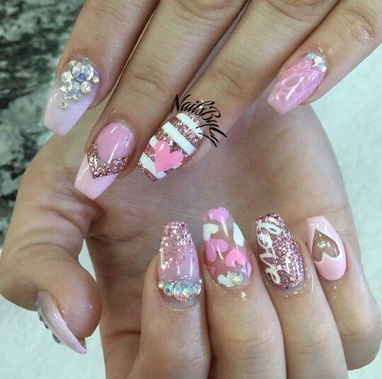 Pink Nail Art Design Valentine S Day Nails Swarovski Crystals 3d Nail Art Valentines Nail Art Designs Nail Designs Valentines Valentine S Day Nail Designs