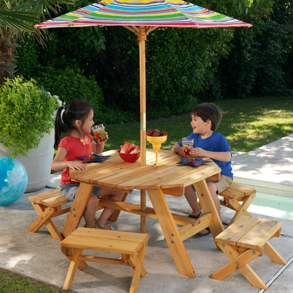 Kidkraft Octagon Patio Table And Stools With Striped Umbrella