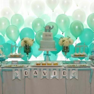 Ombre Balloon Backdrop {Backdrop Ideas} - Tip Junkie