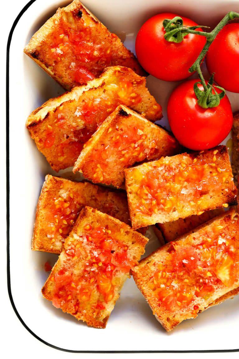 Catalan Tomato Bread Pa Amb Tomaquet Recipe Tomato Bread Tapas Recipes Catalan Recipes