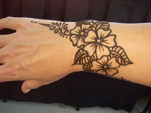 Henna Flower Wrist Tattoos: Henna Flower Designs, Henna Tattoo Wrist
