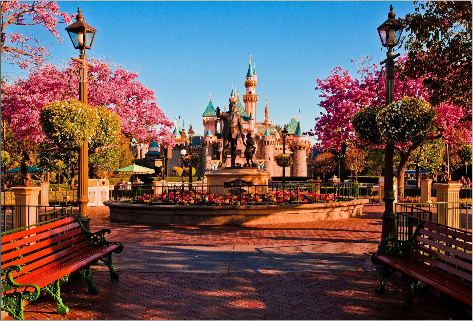 Disneyland Hd Wallpapers Beautiful Collection With Images