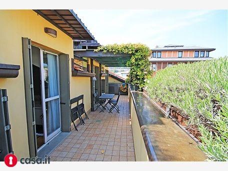 BERGAMO _ VIA PARTIGIANI Prestigioso appartamento sito