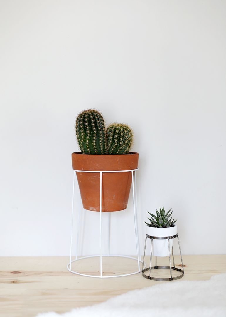 DIY Wire Plant Stand | Plants, Planters and Upcycle
