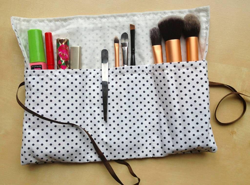 trousse-maquillage - Réalisez une petite trousse à maquillage pour emporter vos pinceaux, vos mascara...