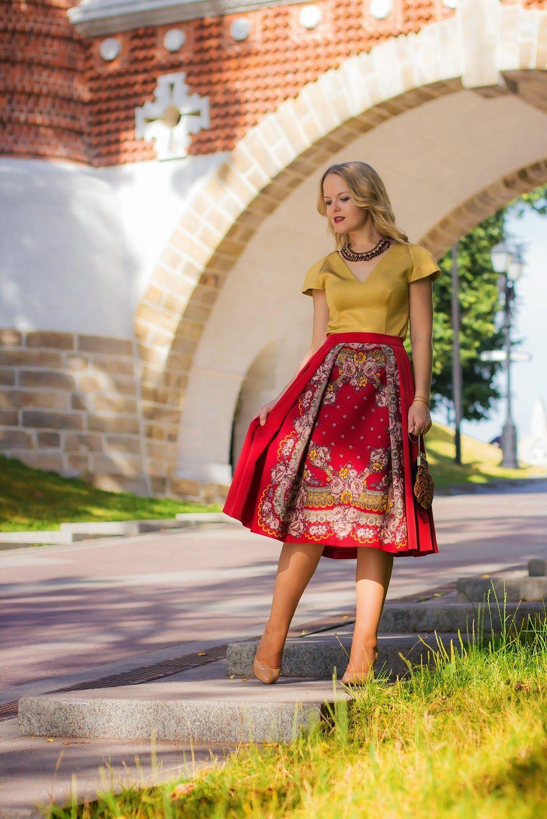 Новая юбка из павлопосадского платка | Платьица, Модные ...