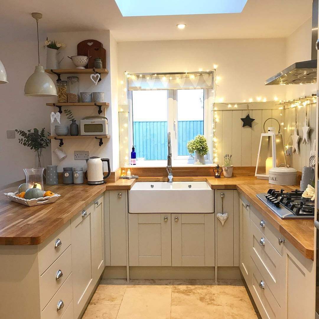 Good Evening All What A Miserable Day Although Typically As It S Getting Dark The Sun Is Starting To A With Images Kitchen Accessories Decor Kitchen Decor Rustic Kitchen