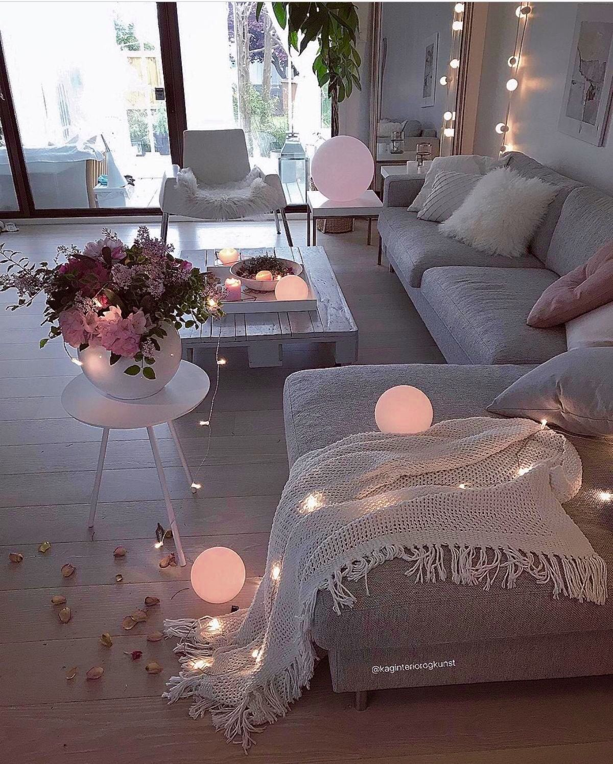 Epingle Par Simpaticagroup Sur Living Rooms Family Deco Salon