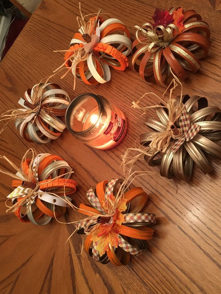 Pintrest success !! Mason Jar pumpkin lid! - Quilled Paper Art #masonjarcrafts