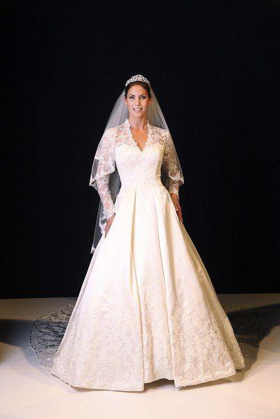 Свадебное платье от каролины эрреры