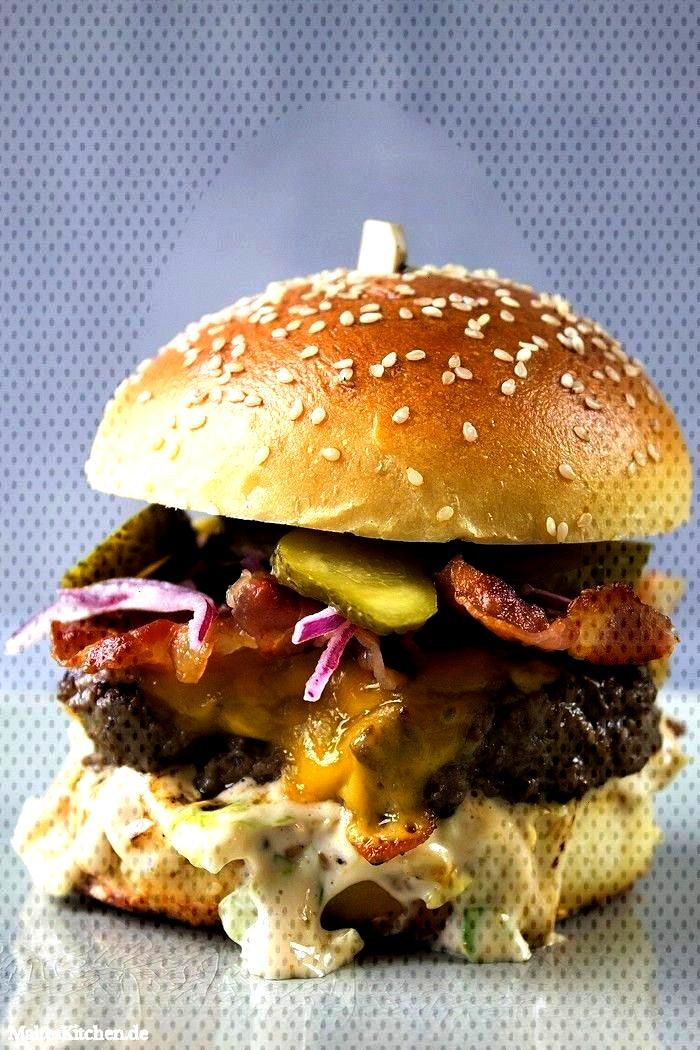 ala Jamie Oliver -  Juicy beef burger with cheddar cheese, lettuce mayo, bacon, onions and cucumber