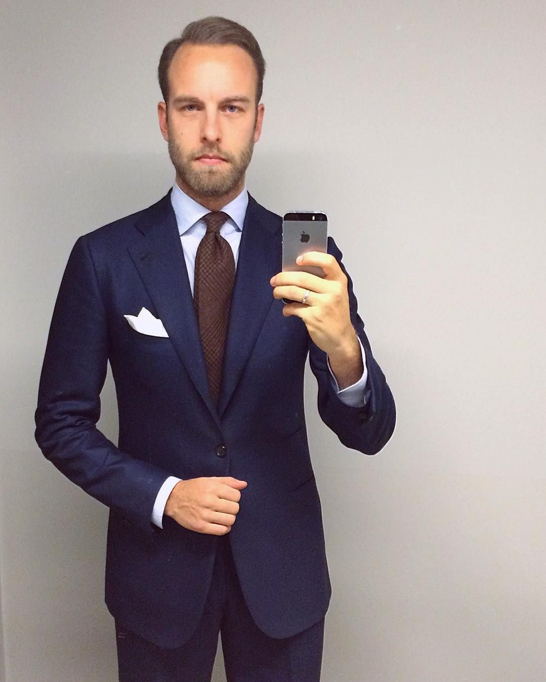 Mr Andreas Weinas In 2020 Blue Suit Mens Fashion Mens Fashion Suits Navy Blue Suit Mens