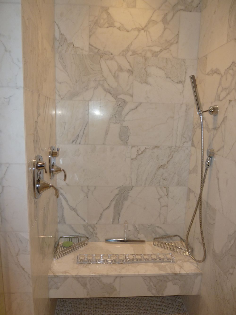 Residential Imperial Tile Stone Inc Marble Shower Walls Calacatta Marble Bathroom Calacatta Gold Marble