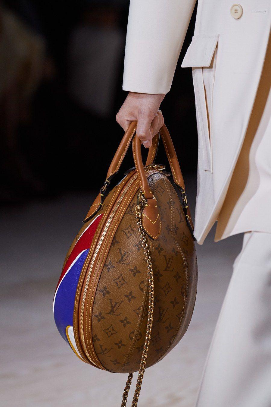 последняя коллекция сумок луи витон