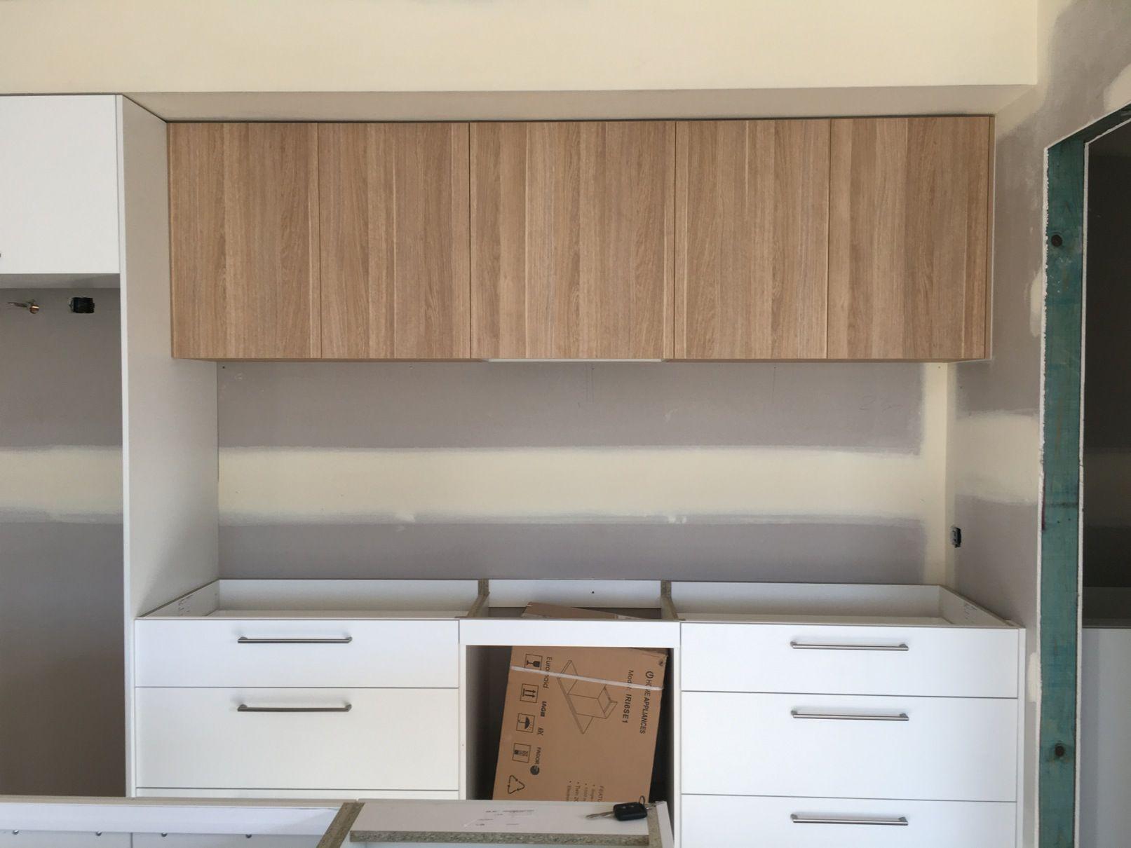 Download Wallpaper Polar White Kitchen Cupboards