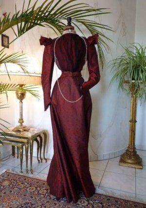 antikes kleid kleid 1900 1900 kleidung 1900 mode um. Black Bedroom Furniture Sets. Home Design Ideas