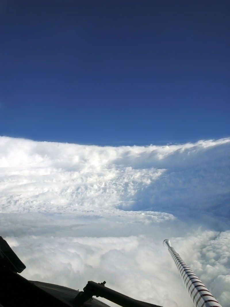 Picture Of The Day Inside The Eye Of The Storm Hurricane Hunters Hurricane Katrina Jamaica Travel