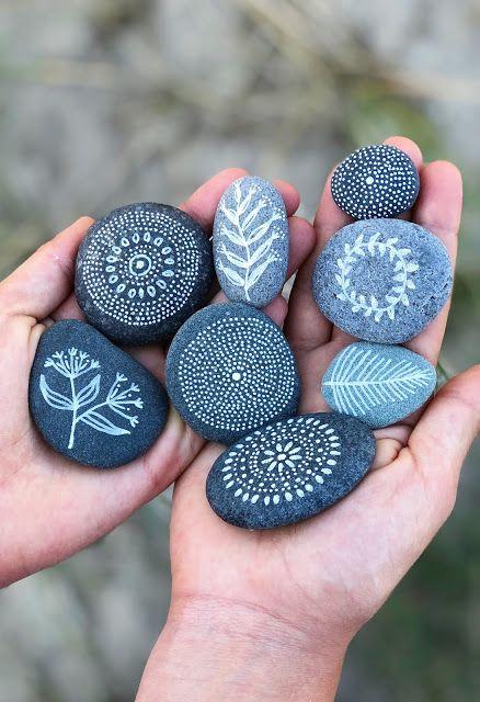 Hej Hanse: Bemalte Steine, die uns an Sommerferientage in Dänemark erinnern #bemaltesteine