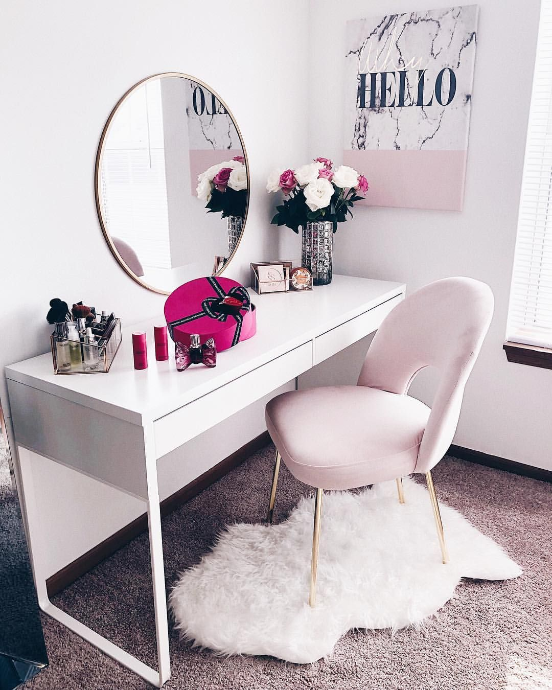 Weekend Mornings I Ve Had Many Questions On My Vanity Corner And Where I Bought Certain Pieces So I Ve Linked Ever Beauty Room Room Decor Bedroom Design