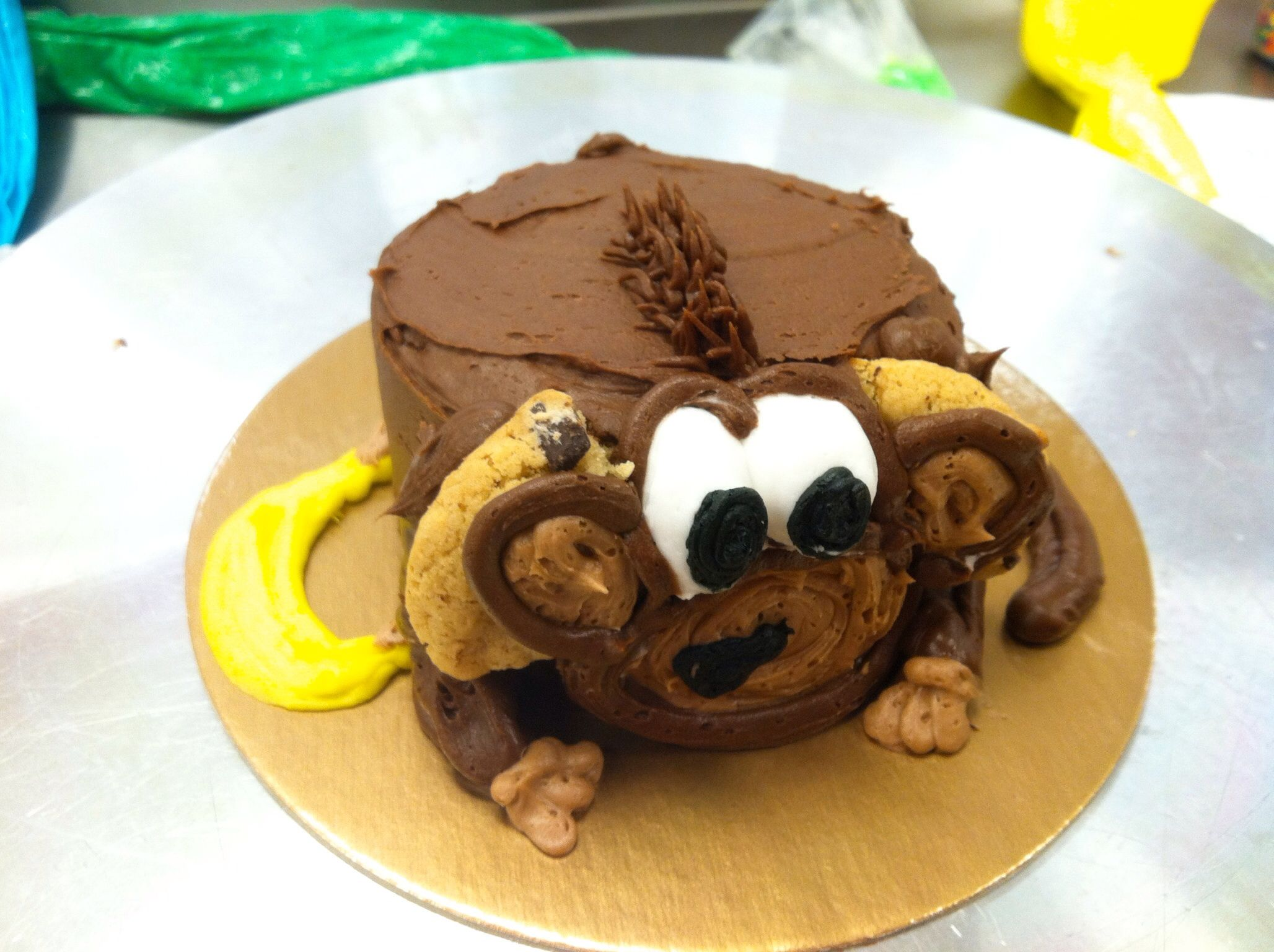 Monkey smash cake Email me for cakes!  Belongstomord@gmail.com Frisco tx