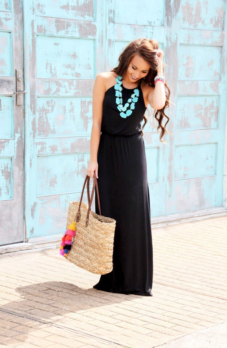 6482ba8052d53 Black Maxi and Tassel Beach Bag - Sunshine & Stilettos Blog Black Maxi Dress  Outfit Ideas