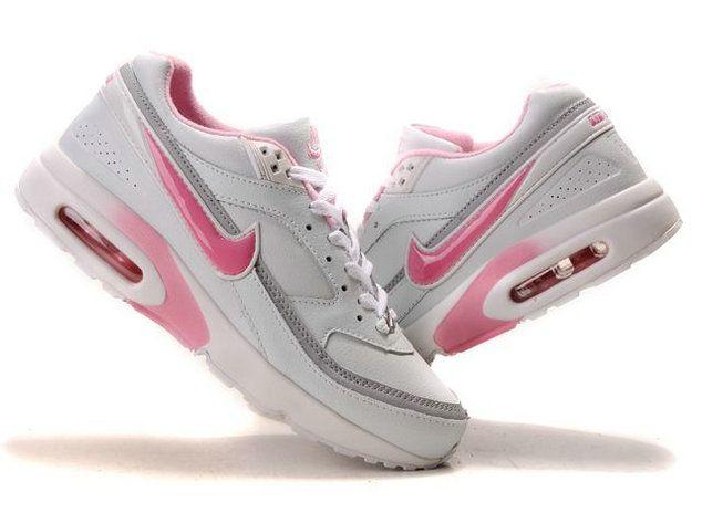 Nike air max classic bw | Schoenen, Dingen om te kopen