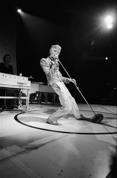 David Bowie, October 1974