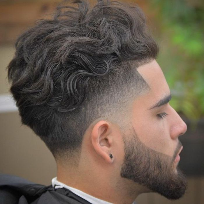 barbas de moda pelo ondulado en corte interesante barba en forma bien hecha peinados pinterest. Black Bedroom Furniture Sets. Home Design Ideas