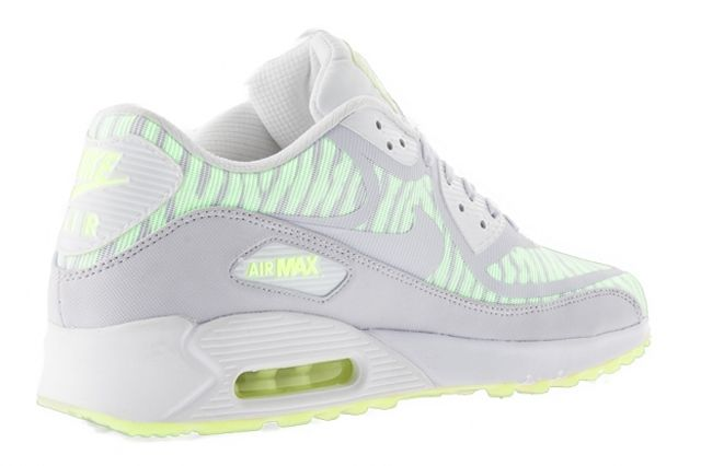 sale retailer 2d06f 22862 I think I just found my next pair of 90 s - Nike Air Max 90 - Glow In the  Dark