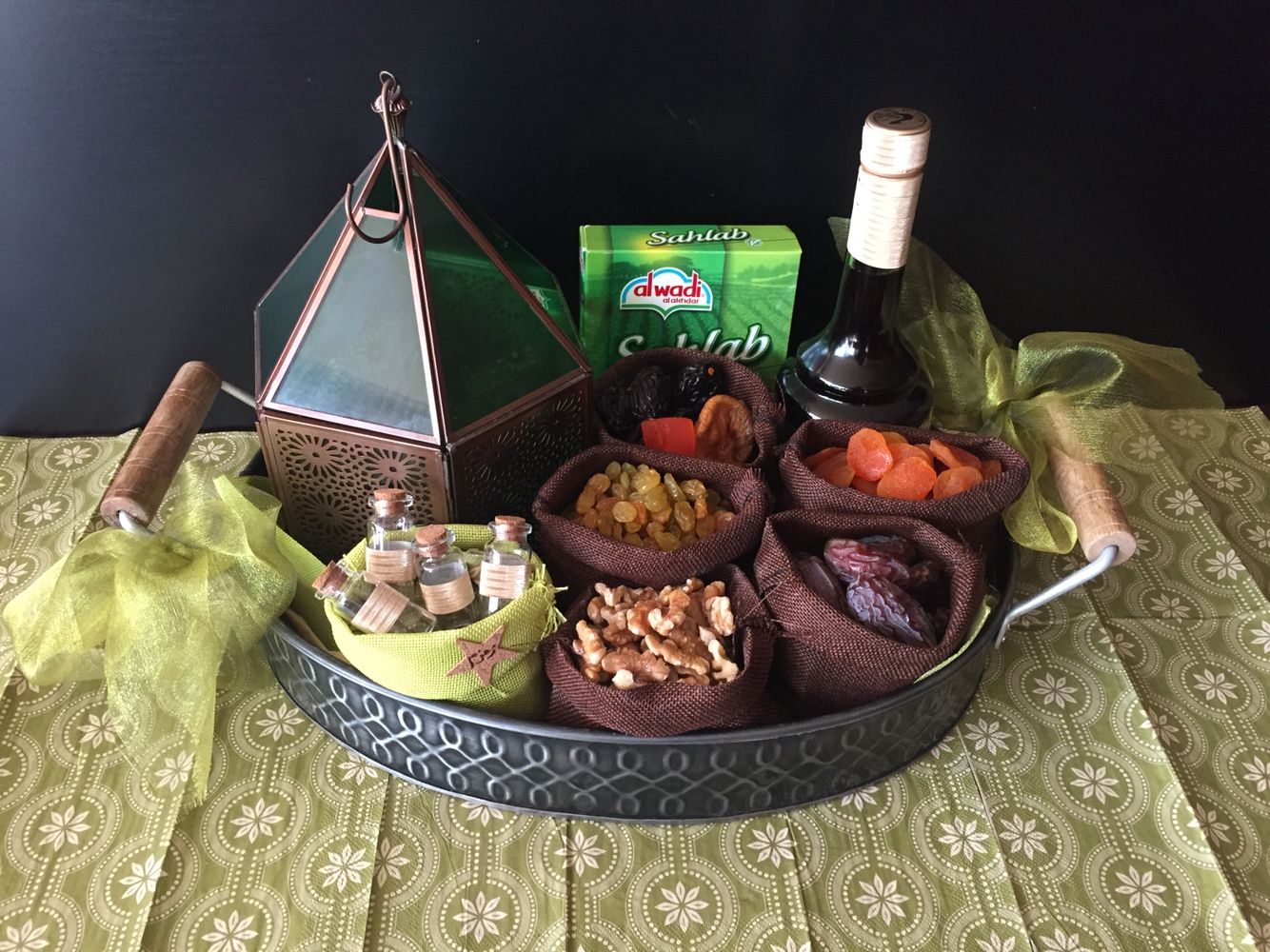 DIY Ramadan gift Basket or party tray | Gift Boxes ...