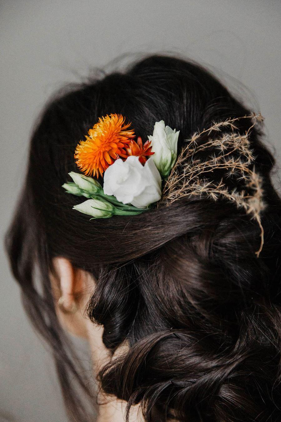 Trockenblumen Hochzeit Inspirationen Zum Dekotrend Brautfrisur Hochzeit Trockenblumen