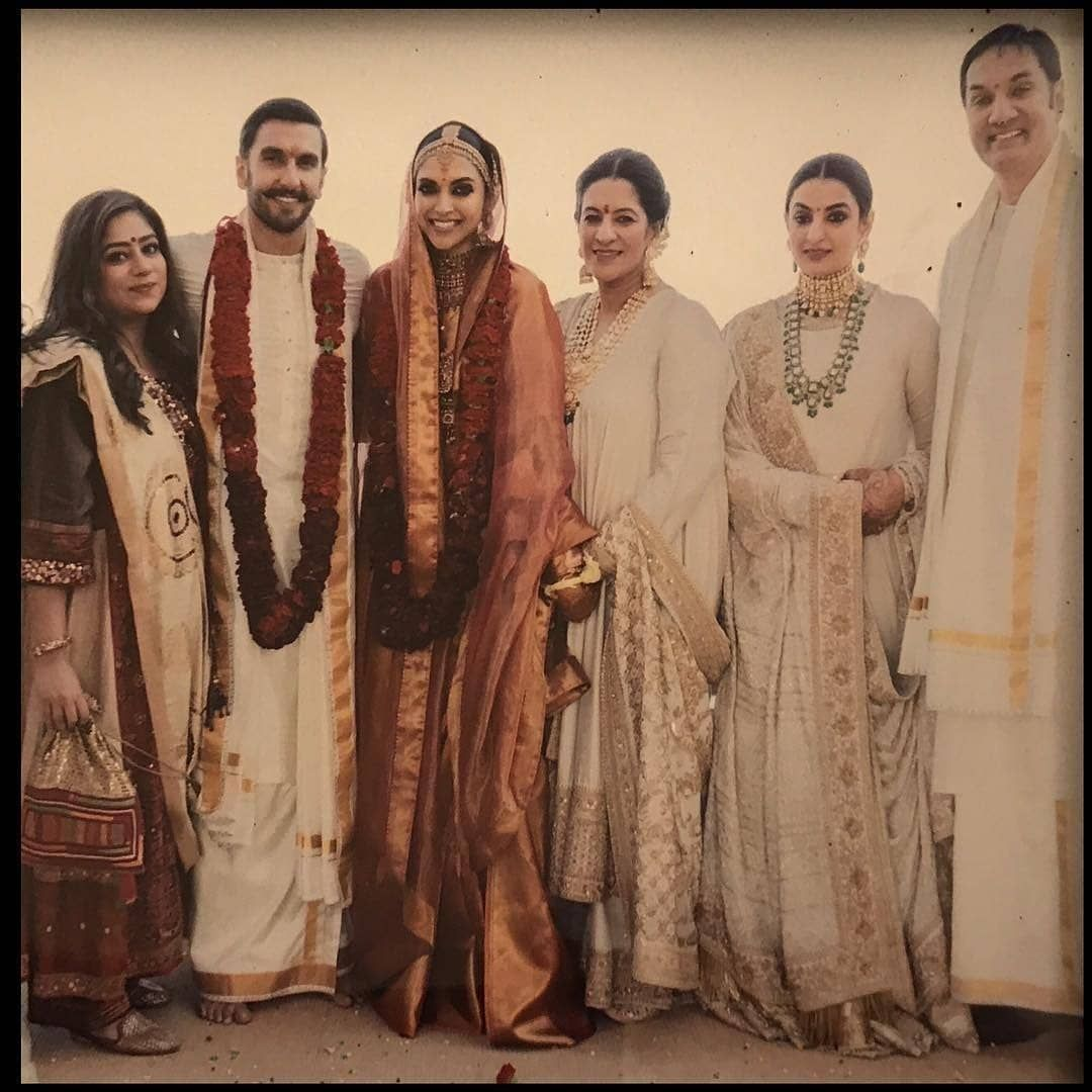 Deepika Padukone With Ranveer Singh Deepveerkishadi Deepika Padukone Indian Bridal Fashion Deepika Padukone Style