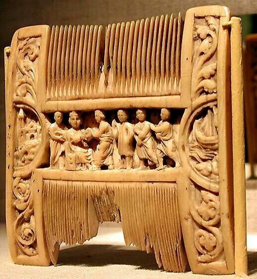 Liturgical Comb With Scenes Of Henry II Annointing Thomas