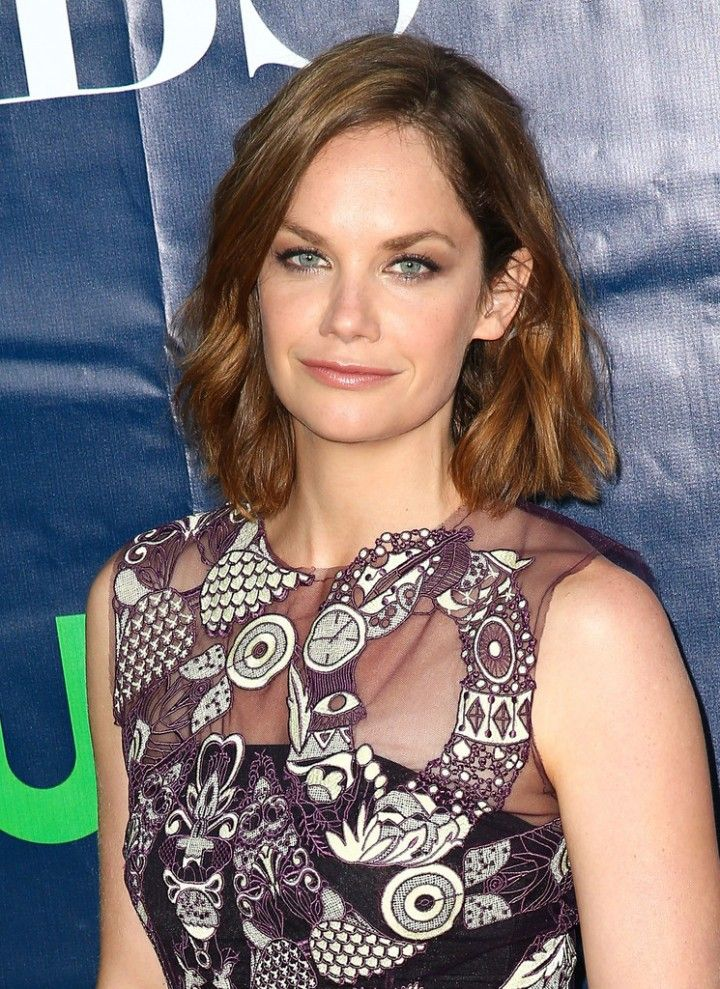 Ruth Wilsons hair color is great! Kathryn character